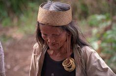 Borneo Woman | long ampung borneo photo by elizabeth atalay