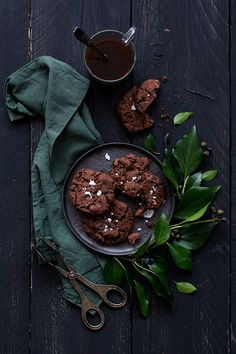 Black chocolate cookie - Carnets Parisiens