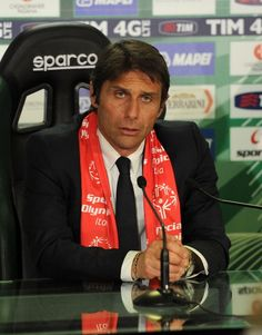 Antonio Conte head coach of Juventus during press conference afterthe... ニュース写真 487228351