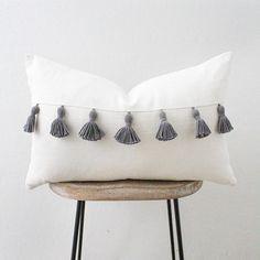 Body Pillow Target - Pillow With Words DIY - Yellow Pillow On Couch - Knot Pillow Living Room - Outdoor Pillow Pink - Pillow Fort Hacks Cute Pillows, Diy Pillows, Cushions On Sofa, Decorative Pillows, Lumbar Throw Pillow, Throw Pillow Covers, Throw Pillows, Sofa Throw, Cushion Covers