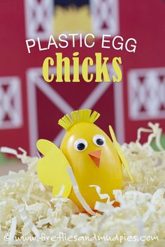 A super simple, no mess chick craft for spring! Perfect for toddlers or preschoolers this spring!