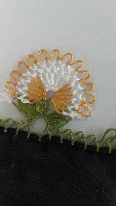 This Pin was discovered by Mer Needle Lace, Needle And Thread, Baby Knitting Patterns, Sewing Patterns, Crochet Unique, Lace Making, Irish Crochet, Hand Embroidery, Tatting