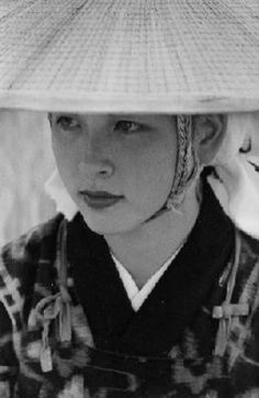 """More than likely a Russian-mixed Japanese model being shot for """"Akita Beauty (Akita Bijin)"""" advertising. Though I don't know if she's actually from Akita. Akita, Old Pictures, Old Photos, Vintage Photos, Japanese Culture, Japanese Art, Tokyo, Asian Photography, Art Japonais"""