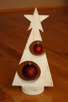 Arboles de navidad on monica díaz pin & Christmas Wood Crafts & & Source by josslynjoetta The post Arboles de navidad on monica díaz pin Christmas Wood Crafts, Wooden Christmas Trees, Rustic Christmas, Christmas Art, Christmas Projects, Holiday Crafts, Christmas Ornaments, Holiday Decor, Google Christmas