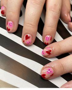 San Valentin Nails 2021 #nails #sanvalentin #love #manicura #manicure #hearts #art #amor Bad Nails, Fancy Nails, Cute Nails, Pretty Nails, Mercury Retrograde, Acrylic Nails, Pastel Nails, Winter Nails, Summer Nails