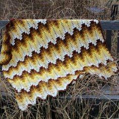 Tığ ile işlenilmiş örgü battaniye