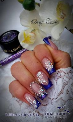 The summer will be here before you know it and you want to make your nails stand out. Fancy Nails, Bling Nails, Cute Nails, Pretty Nails, Purple Nail Designs, Nail Art Designs, Nail Atelier, Airbrush Nails, Uñas Fashion