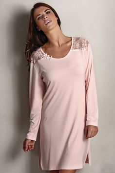 Luxusní dámská košilka ANNA s dlouhým rukávem.