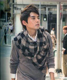 Super Junior Boys in City 3