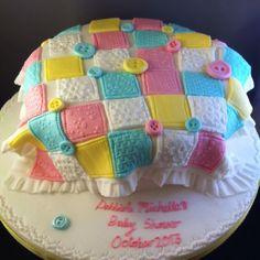 Babyshower patchwork blanket cake