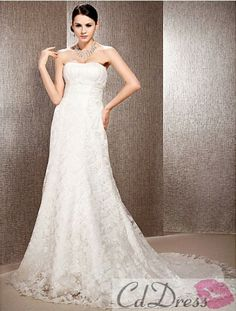 Stunning A-line Sweetheart Chapel Train Lace Organza Beach Wedding Dress