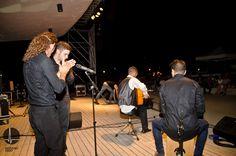 La guitarra flamenca de Dani Heredia sobre el Eduardo Ocón.