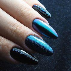 Dark beauty 😍 bpnail.pl 56,105, atomic unicorn ❤ #nailart #nailsoftheday #nails #nail #hybrydnails #hybrydymanicure #instanail #nails2inspire #paznokciehybrydowe  #paznokcie #nails #nailswag #gelnail #nailru #nailstagram #nailitdaily #nailpro  #instagramnails  #beautifulnail #livelovepolish  #newyearnails  #chameleonflakes #chameleonnails #partynails  #naillove #uniquenails #glitternails #blacknails #blackpearl #bluenails