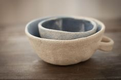 Image of 2 small bowls