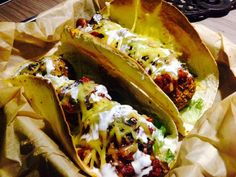Oh my... Mung bean and chick pea meat-free meat ball tacos with #violifeforpizza from I'm a little vegan. #violifebyviotros #violifeworkswithbloggers #imalittlevegan  https://www.facebook.com/Violife.gr/posts/705598892838602