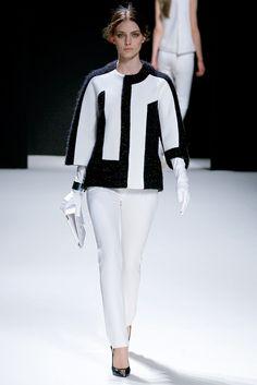 Pedro Lourenço Fall 2011 Ready-to-Wear Fashion Show - Emily Senko (ELITE)