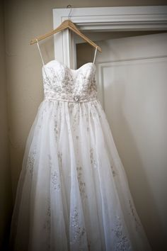 Love the beading on this wedding dress. Looks even better on the bride! Of course ;)