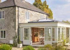 30 Bright and Beautiful Sunroom's Farmhouse Design Ideas Do you want to try a new inspiration for your home? or maybe your house has long you do not renovate and want your renovation. Or maybe your house lacks the intake of more light to keep your house … Kitchen Orangery, Orangery Conservatory, Conservatory Extension, Orangery Extension Kitchen, Conservatory Ideas Sunroom, Garden Room Extensions, House Extensions, Interior Exterior, Exterior Design