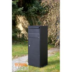 Extra Large Free Standing Parcel Drop Box Locking Parcel Drop Boxes Extra Large Free Standing Parcel Drop Box is made of galvanized steel and Mail Drop Box, Parcel Drop Box, Wall Mount Mailbox, Mounted Mailbox, Diy Mailbox, Mailbox Ideas, Front Porch Addition, Office Safe, Porch Steps