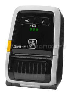 A impressora Zebra ZQ110 é a mais pequena e compacta impressora de recibos.   Devido à sua reduzida dimensão e peso pode guardar a impressora Zebra ZQ110 num bolso ou num cinto. A Impressora Zebra ZQ 110 imprime, corta recibos, bilhetes e notificações de entrega poupando tempo e dinheiro. Tem integração com as várias soluções mobile tais como: iPod, iPhone, iPad, Android e Windows Mobile. Fácil de carregar e simples de usar a Zebra ZQ110 oferece um interface simples e intuitivo.