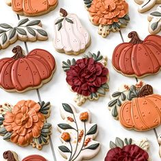Fall Decorated Cookies, Fall Cookies, Iced Cookies, Cupcake Cookies, Cookies Et Biscuits, Cupcakes, Pumpkin Cookies, Flower Sugar Cookies, Sugar Cookie Royal Icing