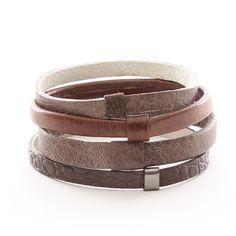 Sehr schönes Set aus Leder-Armbändern in Naturfarben