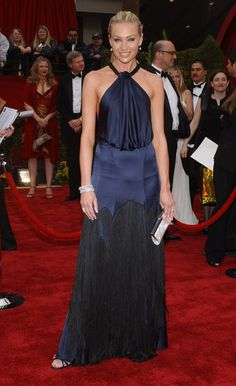 Portia de Rossi - Fashion Flashback: 2007 Oscars Red Carpet  - Photos