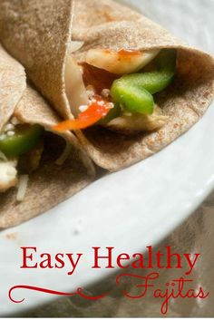 Save time and build a healthier fajita with @TysonFoods grilled and ready chicken breasts #ad #everydayeffortless