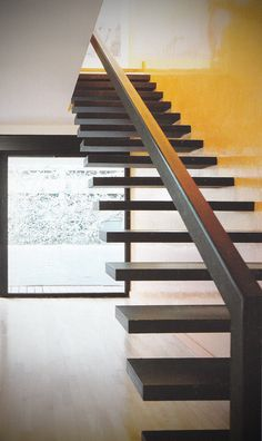cantilevered stair case by diamond stairs