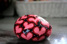 Pink Rock Painting, Red Hearts, Mothers Day Gift, Valentine's Day, Stone Paperweight, Sweetheart Gift, Red Painted Stone, Hand Painted Rocks
