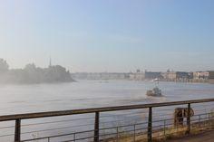 Les quais de Bordeaux le matin en allant travailler