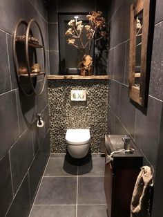 Toilet Room Decor, Small Toilet Room, Guest Toilet, Small Bathroom, Downstairs Bathroom, Bathrooms, Bathroom Design Luxury, Bathroom Layout, Modern Bathroom Design