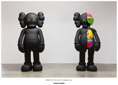 "Kaws- ""Hold the Line"""