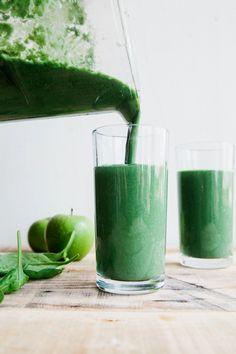 Green Protein Smoothie (Vegan   Paleo)