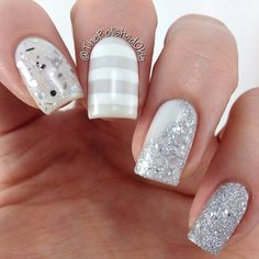 nails #nail #unhas #unha #nails #unhasdecoradas #nailart #gorgeous #fashion #stylish #lindo #cool #cute #fofo #cinza #grey #gray #branco #white #stripes #listras #prateado #silver