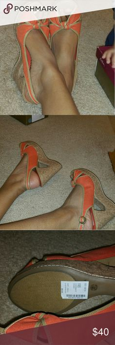 NWT NEW Orange WEDGE HEELS Perfect height about 4 1/2 inches Perfect for spring and summer Shoes Wedges