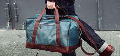 Kurzzug: Upgecycelte Taschen aus U-Bahn-Sitzbezügen (Foto: © Kurzzug)