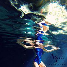 Ever felt like Swiming in Liquid Metal? Our image for the Colombiamoda 2015 tradeshow closure party!!!  ~~~~~~~~~~~~~~~~~~~~~~~~~~~~~~~~ Nadando en Metal Liquído, nuestra imagen para la fiesta de clausura de la feria Colombiamoda 2015 #colombiamoda2015 #alejaradiswimwear #makeno #tradeshow #swimsuit #swimwear  #liquidmetal #underwater #gopro #nofilter #onepiece #swimsuit #strapless #darkblue #turquoise