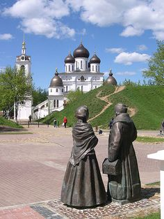 The Cathedral of the Assumption in Dmitrov's kremlin (built in 1509–1523).