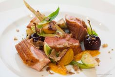This is the #oneingredientSA fennel menu main course. Sous vide duck breast, braised baby fennel, vanilla and rooibos poached cherries, brussel sprouts, chestnuts and clementine. More photos of the fennel menu by @francoispistorius (www.francoispistoriusfoodart.com) can be found on facebook.com/oneingredientpage.