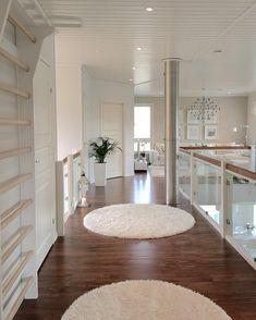 Reipasta viikkoa ja mukavaa iltaa❤️ Wish you all a wonderful new week& evening❤️ . Dream Home Design, My Dream Home, Home Interior Design, House Design, Dorm Room Bedding, Condo Living, Future House, Living Room Designs, House Plans