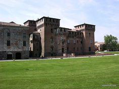 Castello San Giorgio, Mantova by Null & Full, via Flickr