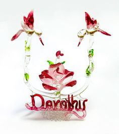 These hummingbirds make a great centerpiece for any occasion!  Can be personalized! Maximum of 9 letters.  All colors can be changed!