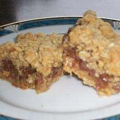 Chewy Date Squares recipe – All recipes Australia NZ Date Slice, English Pudding, Date Squares, Date Bars, Cookie Bars, Bar Cookies, Square Photos, Vintage Recipes, Mini Cakes