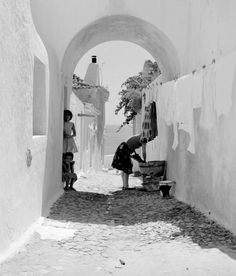 Albufeira in the By Artur Pastor Casas No Algarve, Old Pictures, Old Photos, Vintage Photography, Portrait Photography, Portuguese, Black And White Photography, Tumblr, Artwork