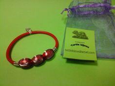 € 3,00 - Bracciale rosso in caucciù con pietre rosse . turtlebijoux@gmail.com