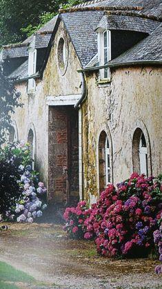 """aufnahme aus dem buch """"french style at home"""" von sébastien siraudeau."""