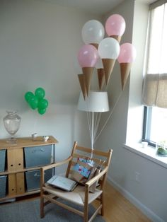 Ice Cream Ballons ::: Top 10 DIY Balloon Decorations