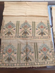 Hand Embroidery, Machine Embroidery, Craft Cupboard, Old Hands, Ottoman, Bohemian Rug, Projects To Try, Textiles, Elsa