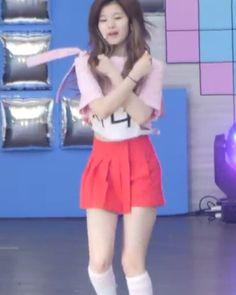 Sana Group: Twice  Song: Knock Knock . . . #twice #sana #kpop #kpopstar #kpopmv #fancam #girlgroup #girlgroupfancam #fancams #girlgroups #dance #love #korea #korean #idol #music #smtown #yg #jyp